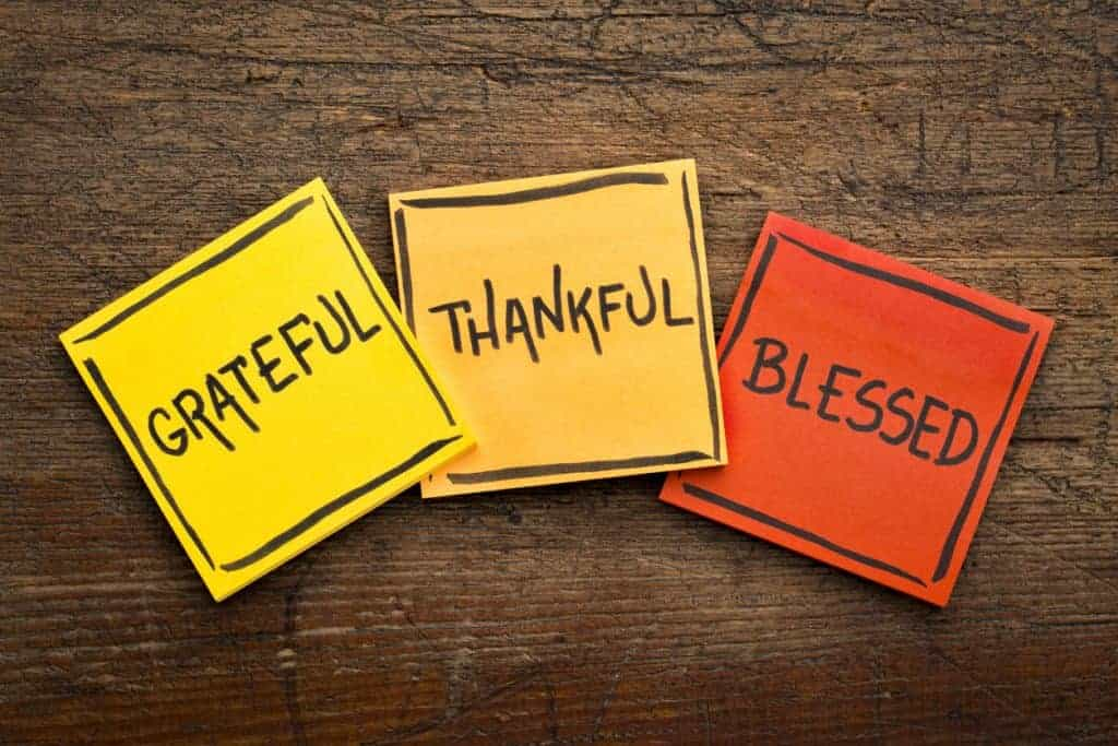 how to stay positive, gratitude, thankful, feeling blessed, tips to stay positive with chronic disease